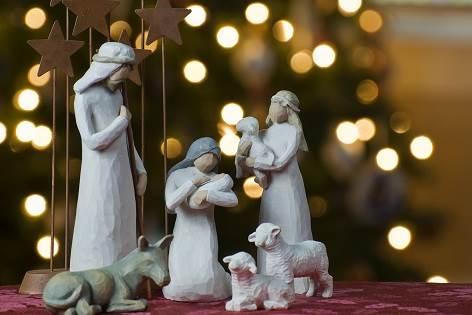 Nativity_tree2011-Optimized